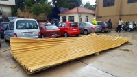 Storm uncovered Brodotrogir warehouse and damaged cars